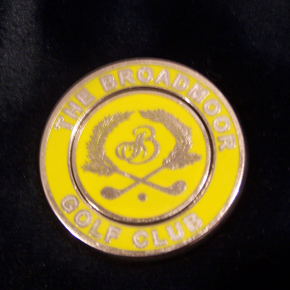 THE BROADMOOR MOUNTAIN Other - RARE THE BROADMOOR MOUNTAIN GOLF CLUB COIN S3296
